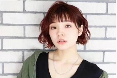 2020女生最火头发,短发女生的五款纹理烫发型