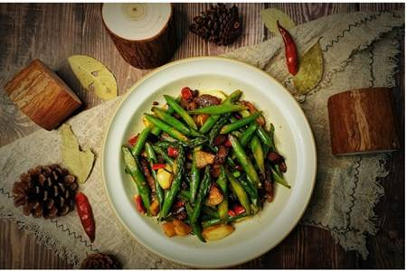 芦笋家常菜怎么做好吃,减肥解腻芦笋的六种吃法