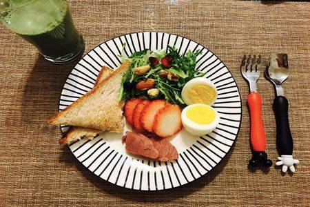 标准减脂餐食谱一日三餐,低卡路里健康减肥餐食物