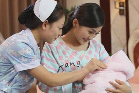 新生儿喂养的正确方法:夜里频繁要吃奶,2个方法有效缓解