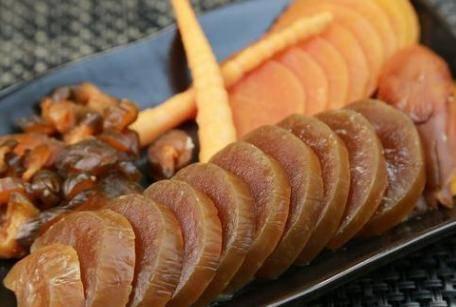 爽口萝卜皮的泡制方法 腌制萝卜应该放白醋还是陈醋