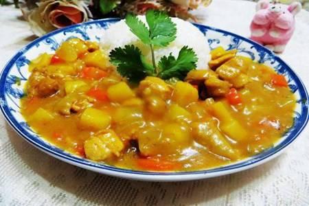咖喱鸡肉土豆的简单做法,家常香辣鸡肉下饭好选择