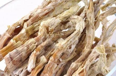 新鲜的竹笋怎么做好吃,竹笋炒腊肉家常做法步骤窍门