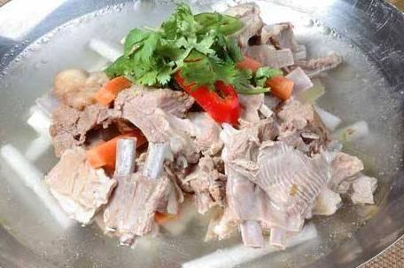 家庭羊汤怎么做好喝 熬羊汤的5个诀窍