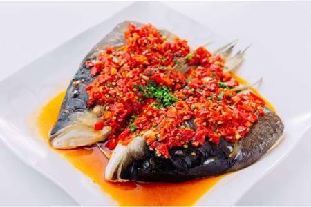 正宗剁椒鱼头的做法,鲜美鱼肉去除腥味小窍门