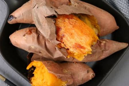 烤箱可以做什么好吃的,烤红薯炸鲜奶小甜品一步搞定