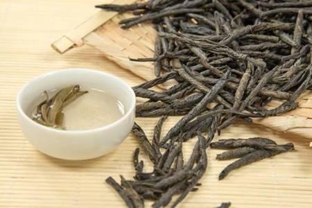 苦丁茶的六个功效与作用,清热解火最适合夏天食用