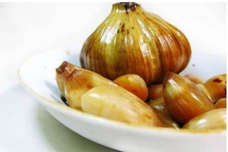 糖醋蒜的腌制方法标准配方,酸甜自制糖蒜好吃又干净