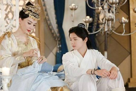 鹿晗和陈数是什么关系,择天记剧里母子剧外姐弟关系不一般
