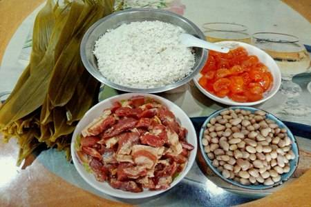 传统粽子的简单做法步骤,粽子怎么包煮熟不会散