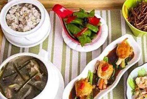 产妇月子餐食谱介绍,怎么给刚生完宝宝的妈妈做月子餐?