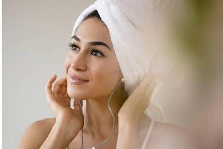 日常快速美白的方法,女性亮白皮肤的六个妙招