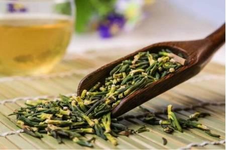 苦丁茶的五大功效与作用,清热润肠缓解便秘痛苦