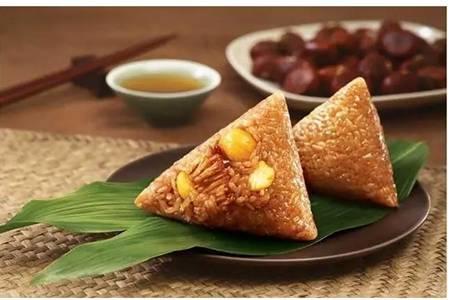 软糯粽子的家常简单做法,甜粽咸粽的配料步骤大全