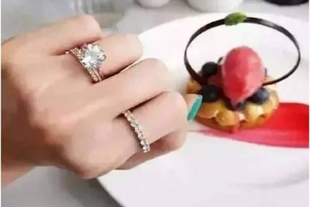 无名指戒指
