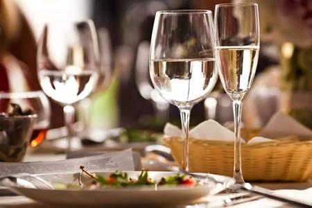 解酒的最快六个方法,醒酒吃这种食物见效最快