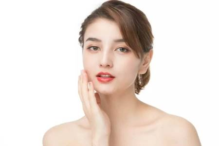 激光祛斑的危害与效果,女性医美去色斑安全吗