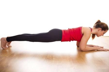 瑜伽动作图片瘦肚子,四个体式燃脂减肥练出小蛮腰