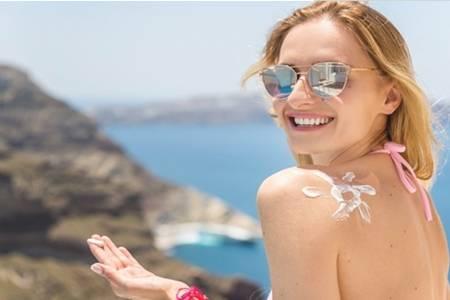 烈日地表最强防晒乳自然堂时尚即选择 全面防御紫外线穿透力
