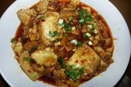 豆腐的家常菜简单做法大全,金黄红烧豆腐令人销魂
