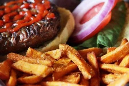 胆固醇高的原因和危害,如何预防胆固醇过高