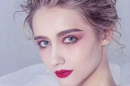 初学者化妆的正确步骤,夏天轻薄淡妆的简单化妆方法