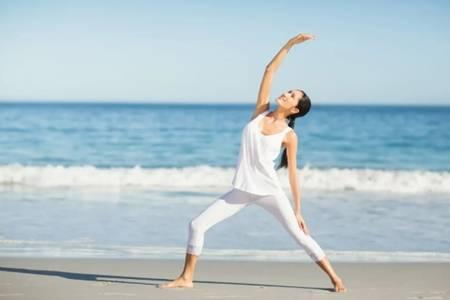 练瑜伽的好处是什么  身体出现这5种症状该练瑜伽了