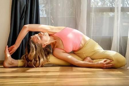 女人为什么一定要练瑜伽  练瑜伽可以达到减肥效果吗