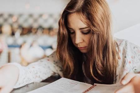 偏头疼是什么原因引起的 三个有关注意事项