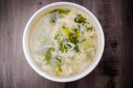 紫菜蛋花汤的做法 正宗做法教学汤又鲜又营养
