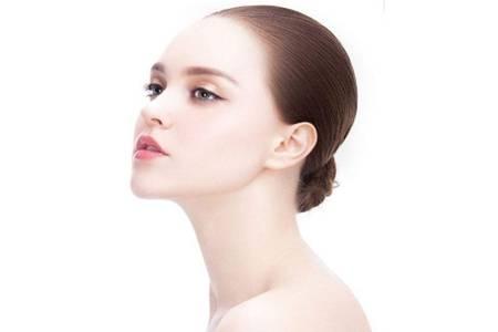 秋燥怎么护肤最好 女人养颜只需做这2两件事