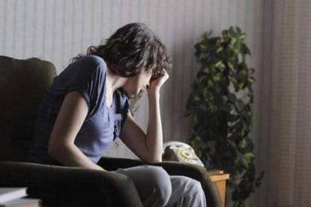 女性出现更年期怎么办吃什么药  如何缓解更年期症状