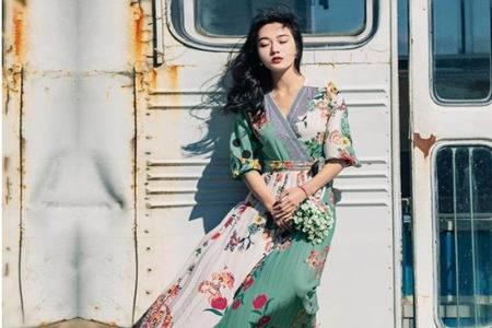 不同酒量的穿衣风格  裙子休闲装街头风你最Pick哪一套