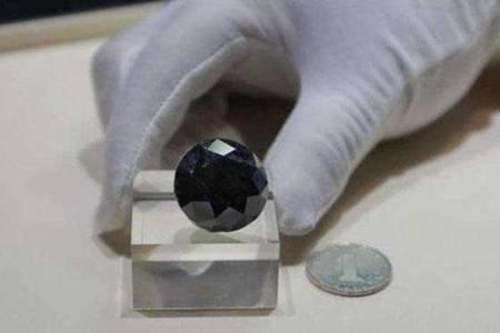 一颗价值超2亿钻石抵达上海  钻石一克拉要多少钱为啥这么贵