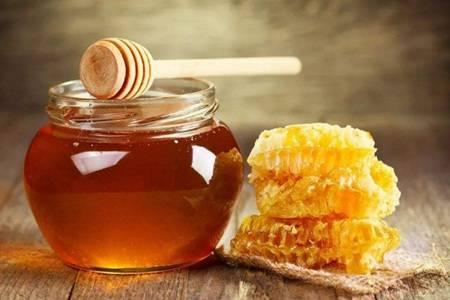 蜂蜜的功效与作用是什么  用蜂蜜洗脸能去除痘痘痘印吗