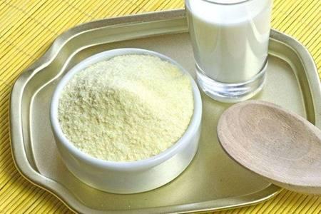 矿泉水煮沸后可以冲奶粉吗?冲奶粉应该用什么水