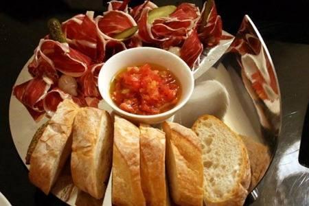 圣诞节象征什么意义吃啥食物好 传统圣诞节晚餐菜谱推荐