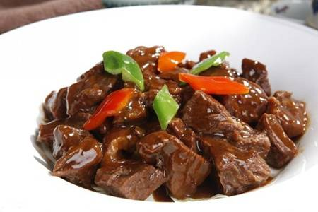 牛肉怎么炒好吃?红烧牛肉的做法