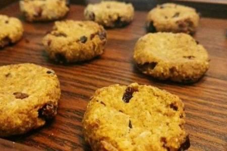 燕麦饼干用烤箱要怎么做 燕麦饼干最简单的做法窍门介绍