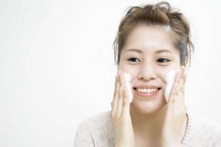 红霉素软膏有什么功效与作用 红霉素软膏真的可以淡斑吗