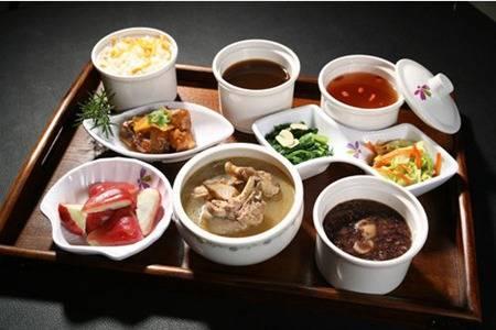 坐月子可以吃什么好?月子餐30天食谱哪些可以必吃