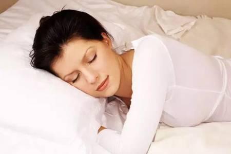 睡觉流口水是怎么回事?治疗睡觉流口水的偏方