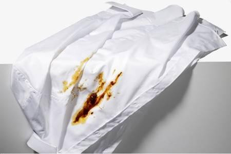 衣服上的油渍怎么洗掉?洗掉油渍的生活小方法