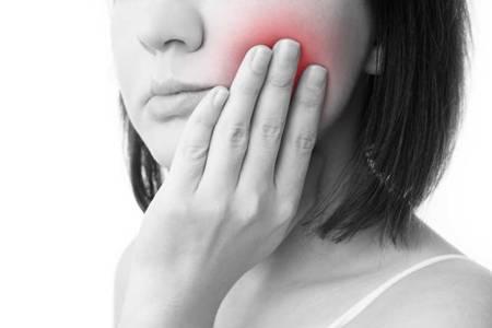 牙髓炎要怎么治疗?根管治疗是什么意思
