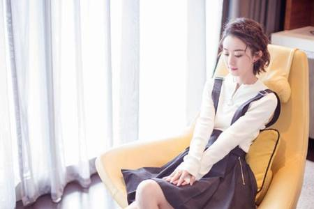 赵丽颖是怎么进入娱乐圈的 赵丽颖和吴亦凡被曝在一起过