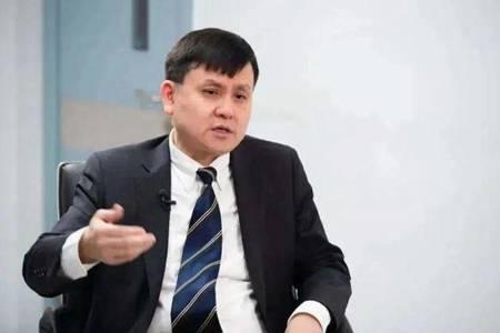 张文宏为什么不建议打新冠疫苗 如何评价张文宏医生