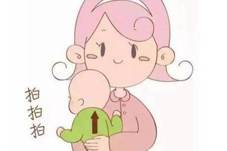 喂奶怎么预防宝宝呛奶 新手爸妈这样做避免宝宝吐奶呛奶