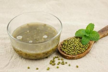 绿豆汤可以去湿气吗 喝完绿豆汤后拉肚子怎么回事