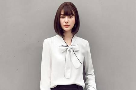 法式复古西装领衬衫有哪些 港风洋气印花衬衫强烈推荐
