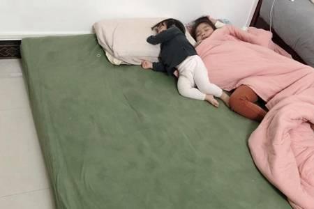 宝宝意外坠床怎么办 如何防范婴儿坠床事件发生